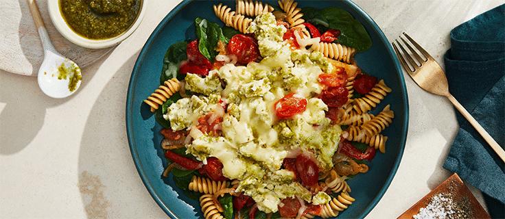 picture of pasta pomodoro with pesto chicken